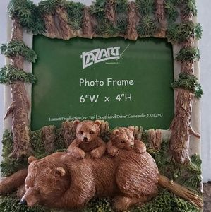 Brown Bear Picture Frame With Baby Cubs